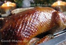 Рецепты из птицы - утка запеченная с яблоками