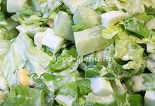 Салат с яйцои и огурцом