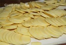 Картошка тонко порезанная